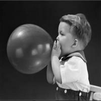 اسعاف طفلة في عجلون ابتلعت بالونا
