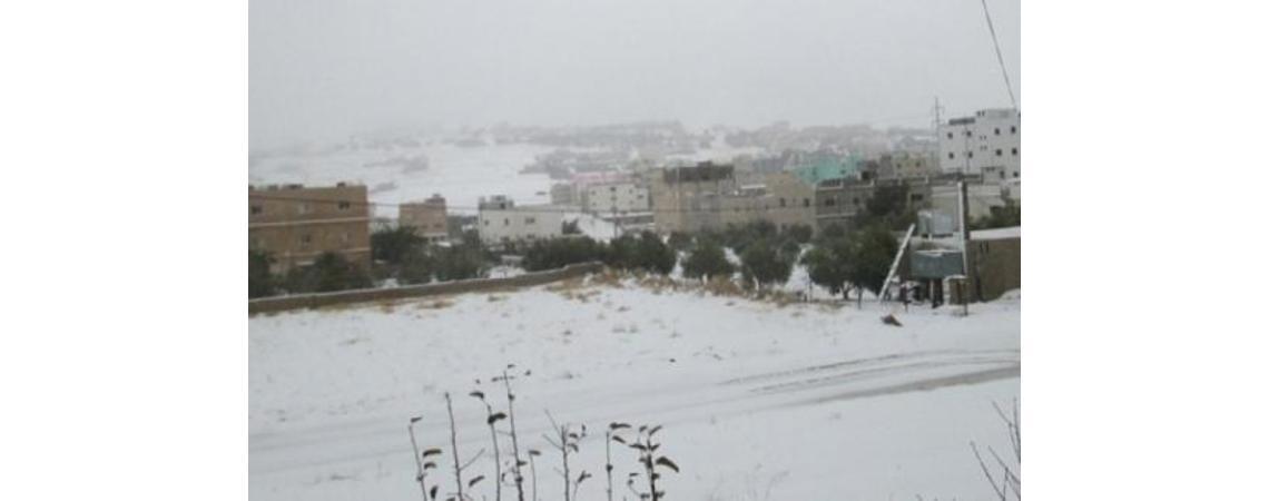 الكرك تشهد تساقطا كثيف للثلوج
