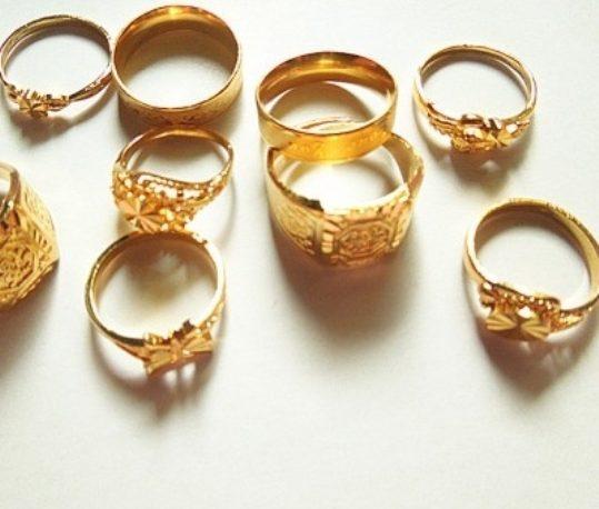الذهب بأعلى مستوى منذ مئة يوم