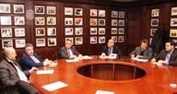 لجنة تشجيع الاستثمار في ملتقى أبوغزاله المعرفي تباشر عملها